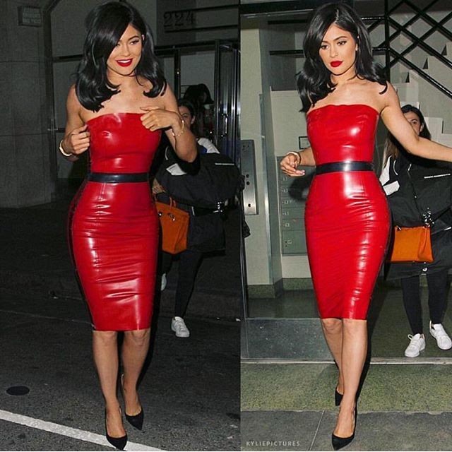 Resultado de imagem para kim kardashian vestido de latex