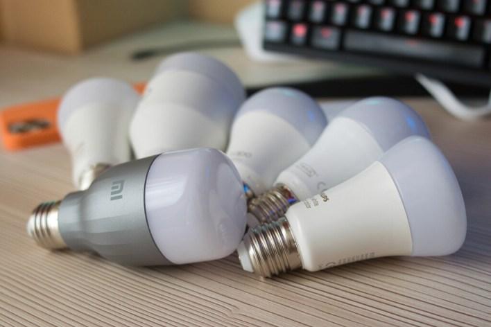 Las mejores bombillas inteligentes (2021): guía de compra y comparativa