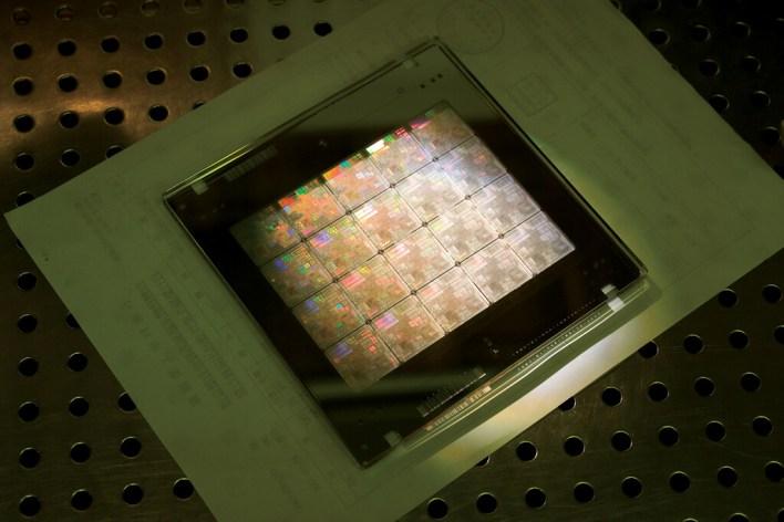 La crisis de los semiconductores no es sólo de los semiconductores; también es de los sustratos: qué son y por qué sin ellos no tendríamos chips