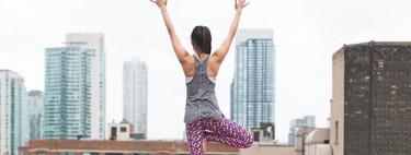 Siete posturas de Yoga que te ayudan a sentirte mejor si pasas todo el día sentado