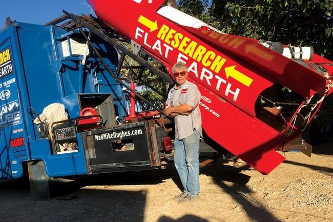 Permalink to Los terraplanistas no levantan cabeza: Mike Hughes vuelve a fracasar con su cohete artesanal
