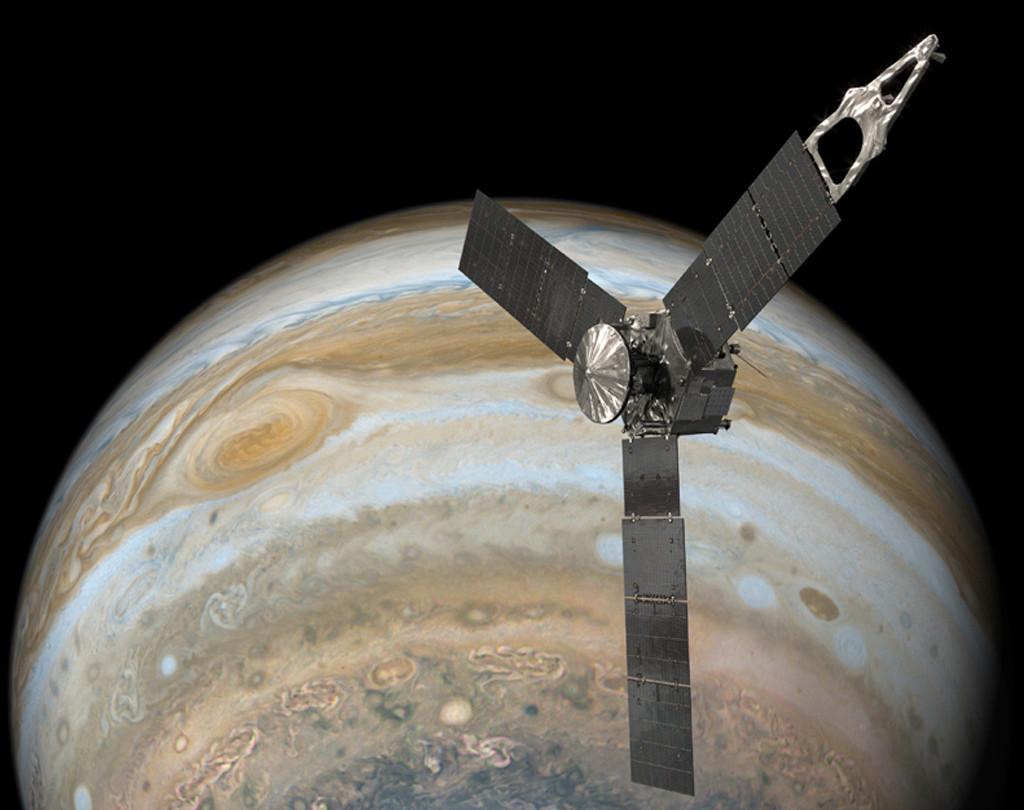 Permalink to Juno se acerca como nunca a la Gran Mancha Roja de Júpiter y ha permitido descubrir una nueva zona de radiación en el planeta