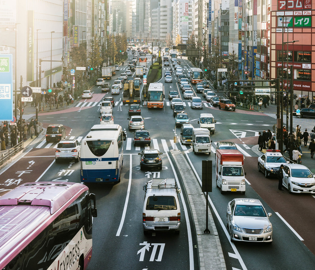Por qué mientras Europa esta matando al coche diésel, el gasóleo resurge en Japón y China