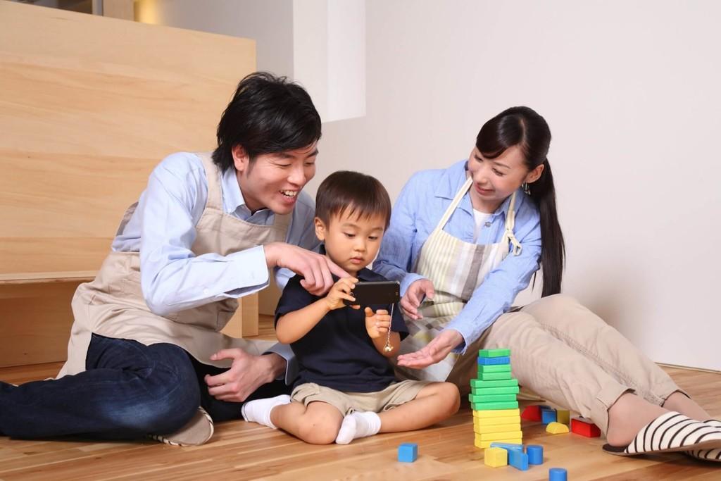 Ocho apps de realidad aumentada para poder jugar con niños: ideas para entretenernos con ellos con nuestro móvil o tablet