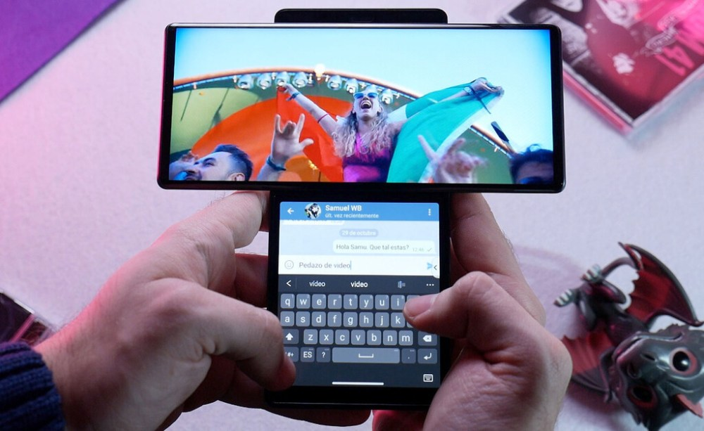 LG Wing, primeras impresiones: hace tiempo que no probábamos algo tan loco (y distinto) en móviles