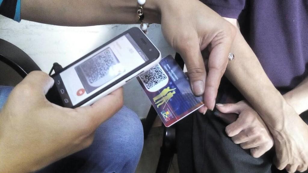 """Permalink to La vigilancia china se extiende por Venezuela: así ayudó ZTE a crear el """"carnet de la patria"""" para monitorizar a los ciudadanos"""