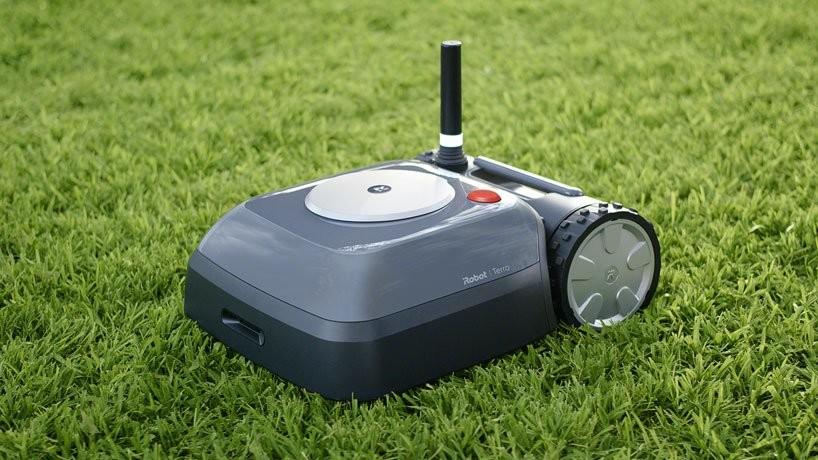 """Permalink to Llegó el """"Roomba para el jardín"""": iRobot nos presenta a 'Terra', su primer robot autónomo para cortar el césped"""