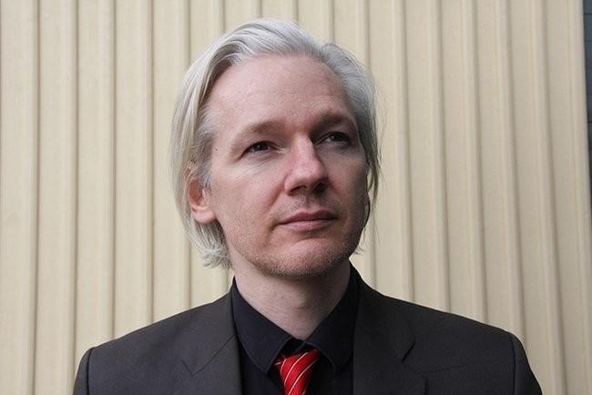 """Permalink to Un """"actor estatal no identificado"""" habría cortado el acceso a Internet a Assange"""