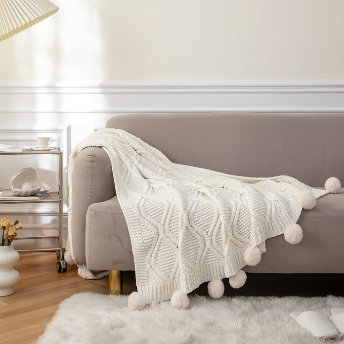MYLUNE HOME Knit Elegant Covered Knitted Blanket for Watching TV on the Saddle, Sofa and Bed, Both Sides Covered 130 * 160cm (white1)