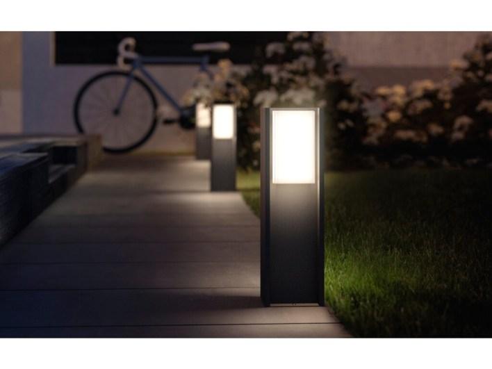 Iluminación conectada para exterior: guía de compra de LEDs para disfrutar de tu jardín o terraza este verano