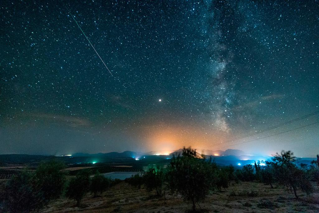 Permalink to La historia tras este espectacular timelapse de las Perseidas: más de 1.500 fotografías para 47 segundos