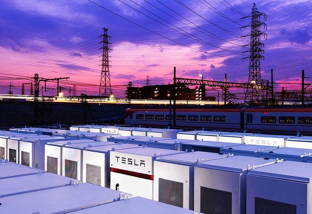 Permalink to Tesla estrena en Japón un nuevo sistema de baterías Powerpack, el primero del país y el más grande de Asia, según la compañía