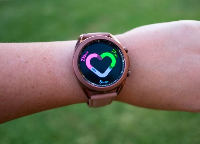 Carga ilimitada para los relojes Galaxy℗ Watch: Samsung℗ patenta una correa solar