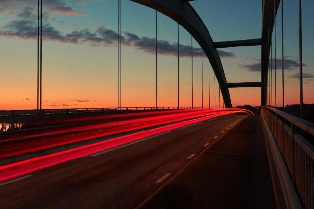 Nuevo récord de velocidad en fibra óptica: 44,2Tbps o