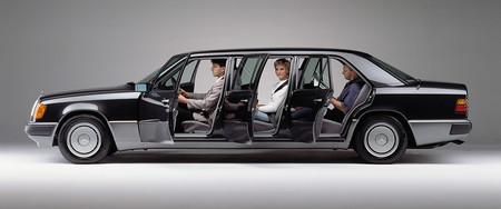 Mercedes limusina