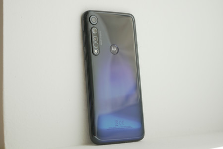 Motorola Moto G8 Plus 12