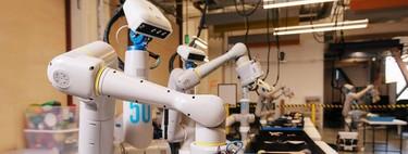 Google hace realidad a WALL-E y desarrolla un robot que aprende por sí solo a separar residuos orgánicos de material reciclable