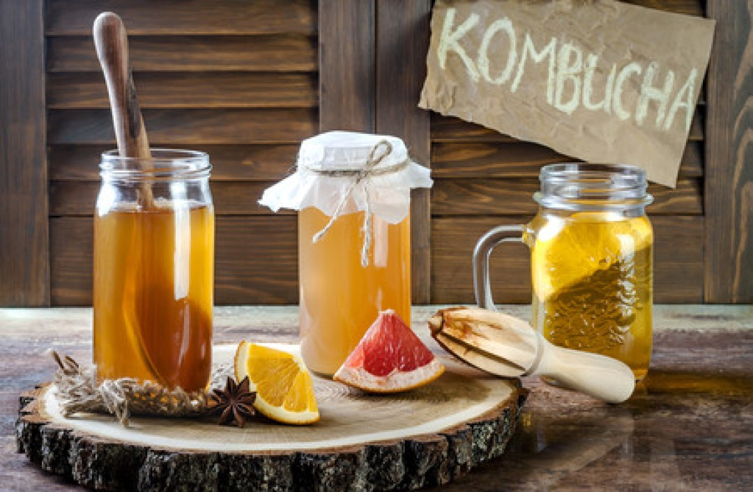 Todo sobre la kombucha: qué es, cómo se usa, propiedades y beneficios