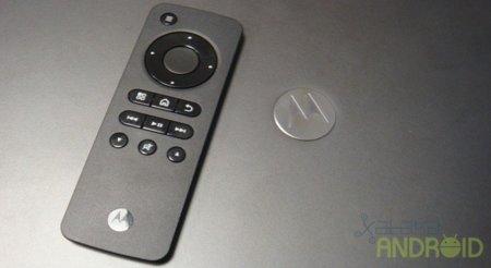 Motorola Atrix 4G, its accessories shown during MWC 2011