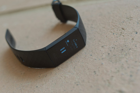 Fitbit Charge 4 13