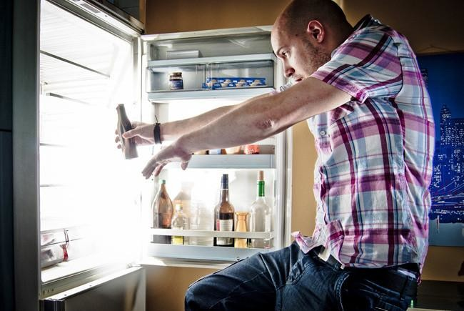 ¿Cuánto cuesta abrir el frigorífico?