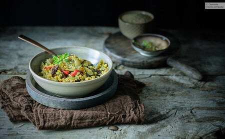 Quinoa with raisins, seeds and caramelized vegetables