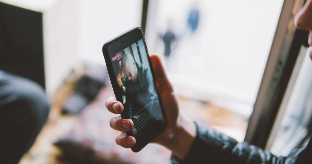 En esta web puedes usar plantillas para crear historias de Instagram más bonitas