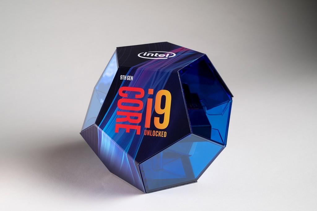 La polémica vuelve a agitar a Intel: los benchmarks de los nuevos Core i9-9900K eran engañosos