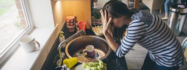 La publicación viral que muestra lo ridículas y exageradas que son las expectativas que impone la sociedad a las madres