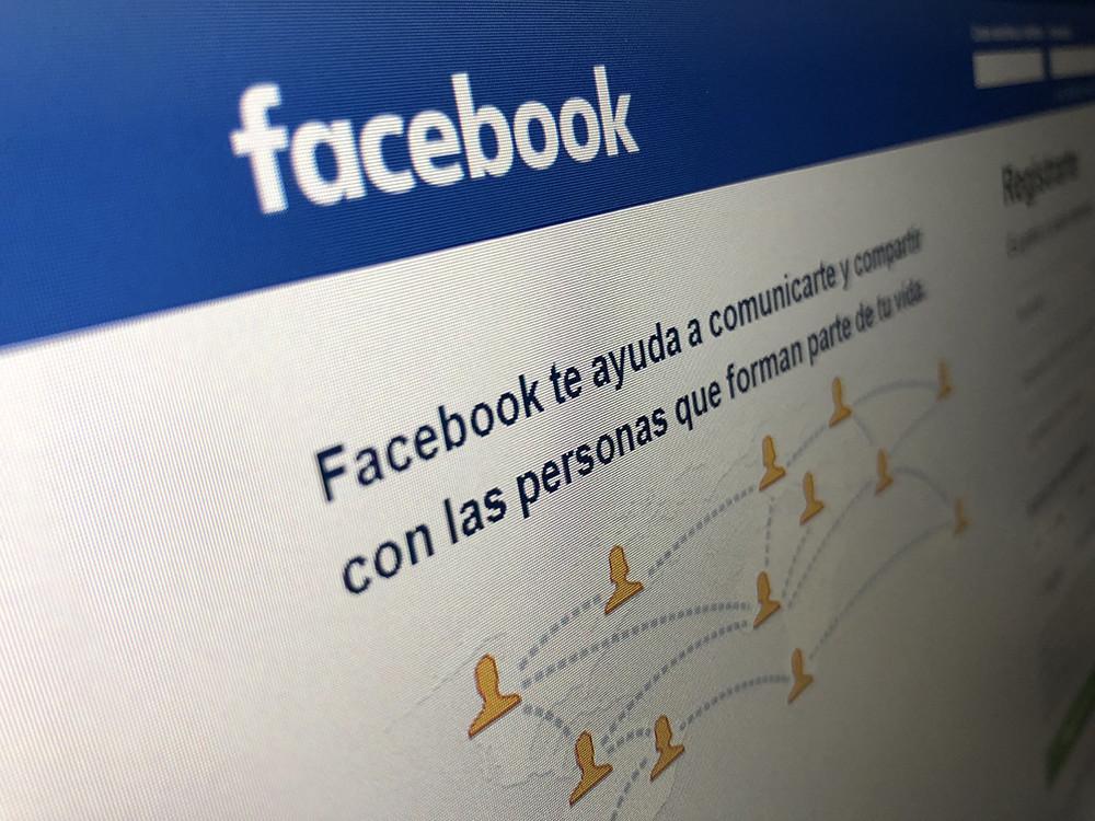 Permalink to Facebook analizará con machine learning las fotos y vídeos para detectar montajes y fake news