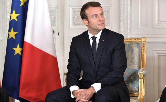 Vladimir Putin And Emmanuel Macron 2017 05 29 06