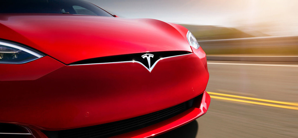 Permalink to Los conductores de coches Tesla se mantienen atentos a la carretera incluso aunque estén usando el piloto automático, según el MIT
