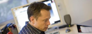 Elon Musk vuelve sobre la inteligencia artificial: el peligro es la concentración de poder y que los humanos acaben como mascotas