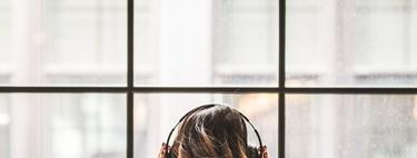 Por qué hay gente viendo series y escuchando podcasts a 1,5x
