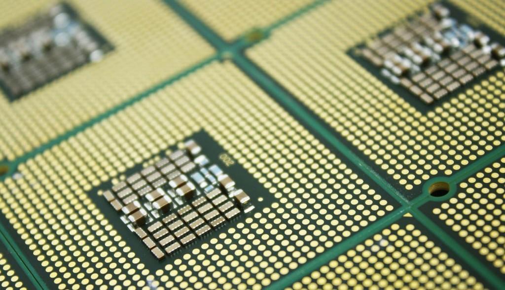 Nunca hemos llegado a tener procesadores de terahercios, y estas son las deducciones