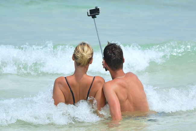 Selfie 900001 1280
