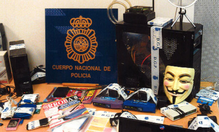 Imagen Policia Anonymous