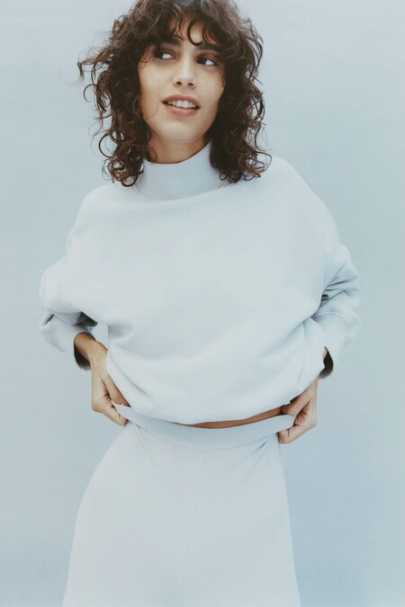 Zara Pantone 2020 07