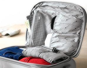 Resultado de imagen de maleta abierta con ropa dentro