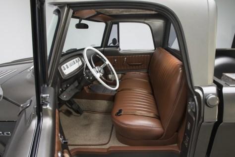 Dodge D100 restomod