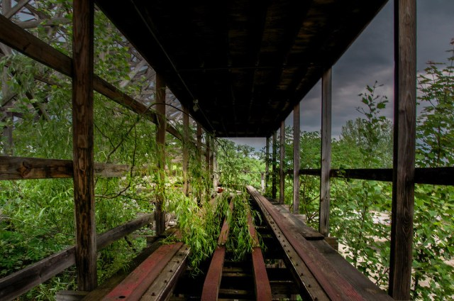 Abandonded Theme Park Seph Lawless 3
