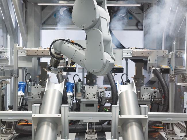 Permalink to Apple tiene un nuevo robot, se llama 'Daisy' y su trabajo es destruir 200 iPhone por hora