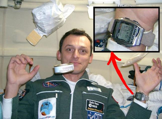 Permalink to Este Casio HBX-100 fue uno de los primeros 'smartwatches' de la historia, y viajó al espacio con Pedro Duque