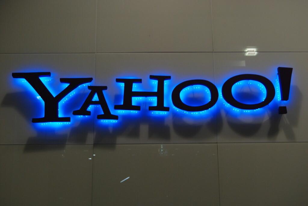 Verizon vende Yahoo! y AOL a Apollo por la mitad de lo que gastó en ellas: una agonía que no acaba para estos viejos gigantes