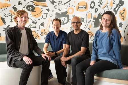 Amy Hood Satya Nadella Microsoft Equipo