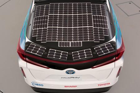 Toyota Prius Phv Paneles 01