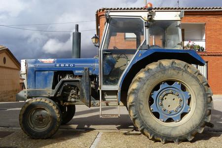 Tractor Ebro