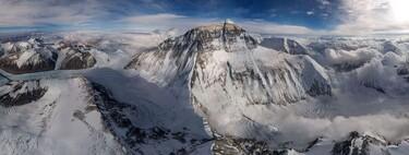 Esta imagen del Everest fue tomada desde un punto más alto que el propio Everest