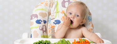 Baby-Led Weaning: beneficios de que el bebé coma con sus manitas y cuatro recetas para empezar