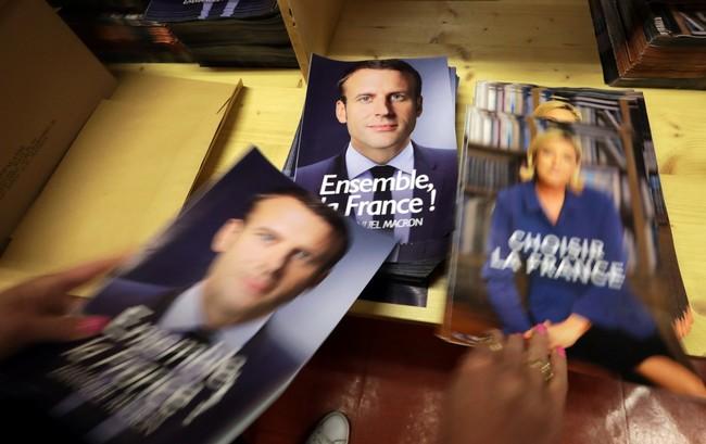 Macron3